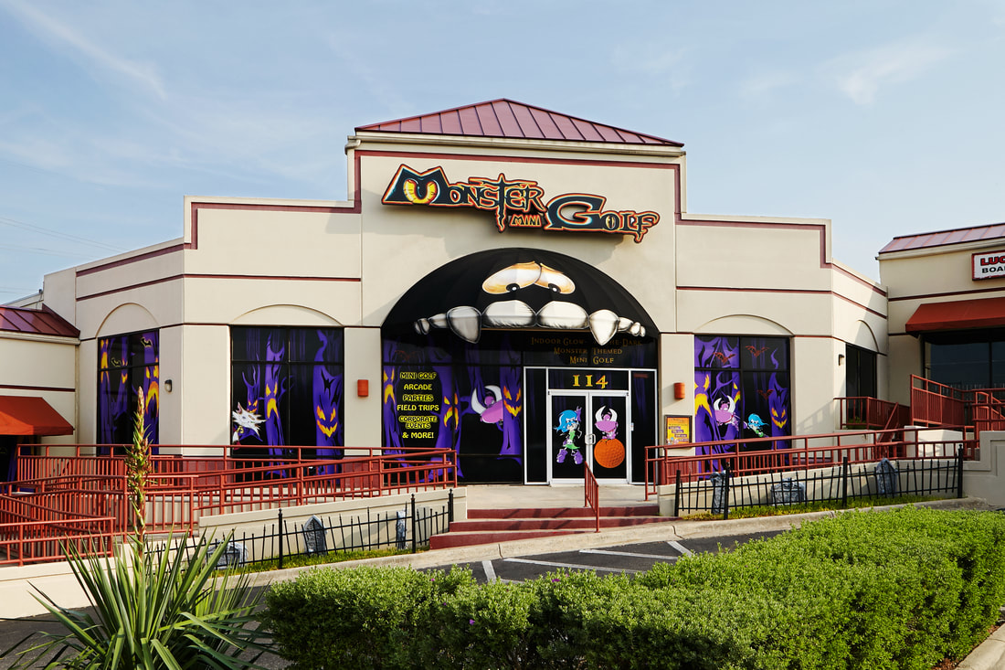 Exterior of Monster mini Golf, San Antonio. Photo: 360Zone.com